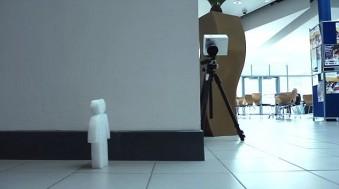 La super cámara espía que ve objetos detrás de las esquinas